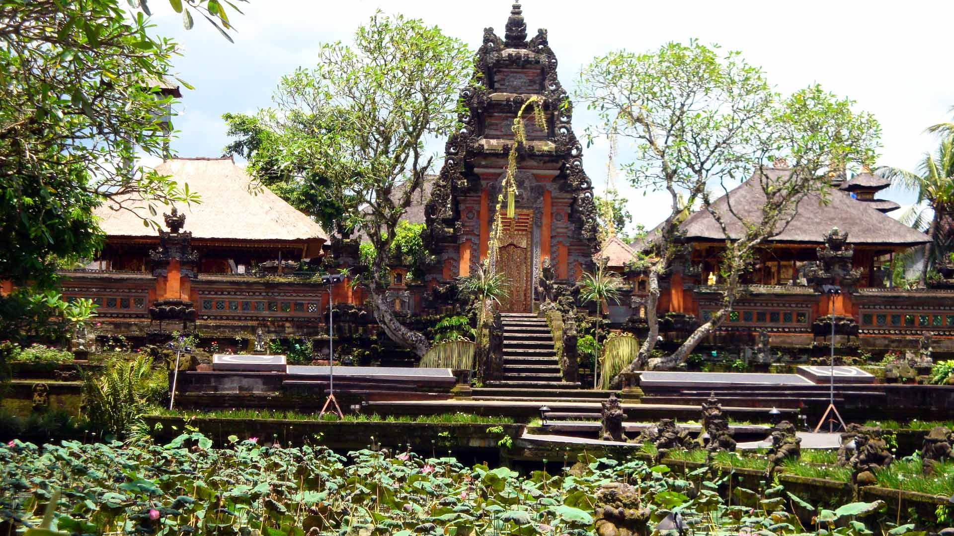 Bali Marina Villas – Religion, Hiking, Balinese Culture