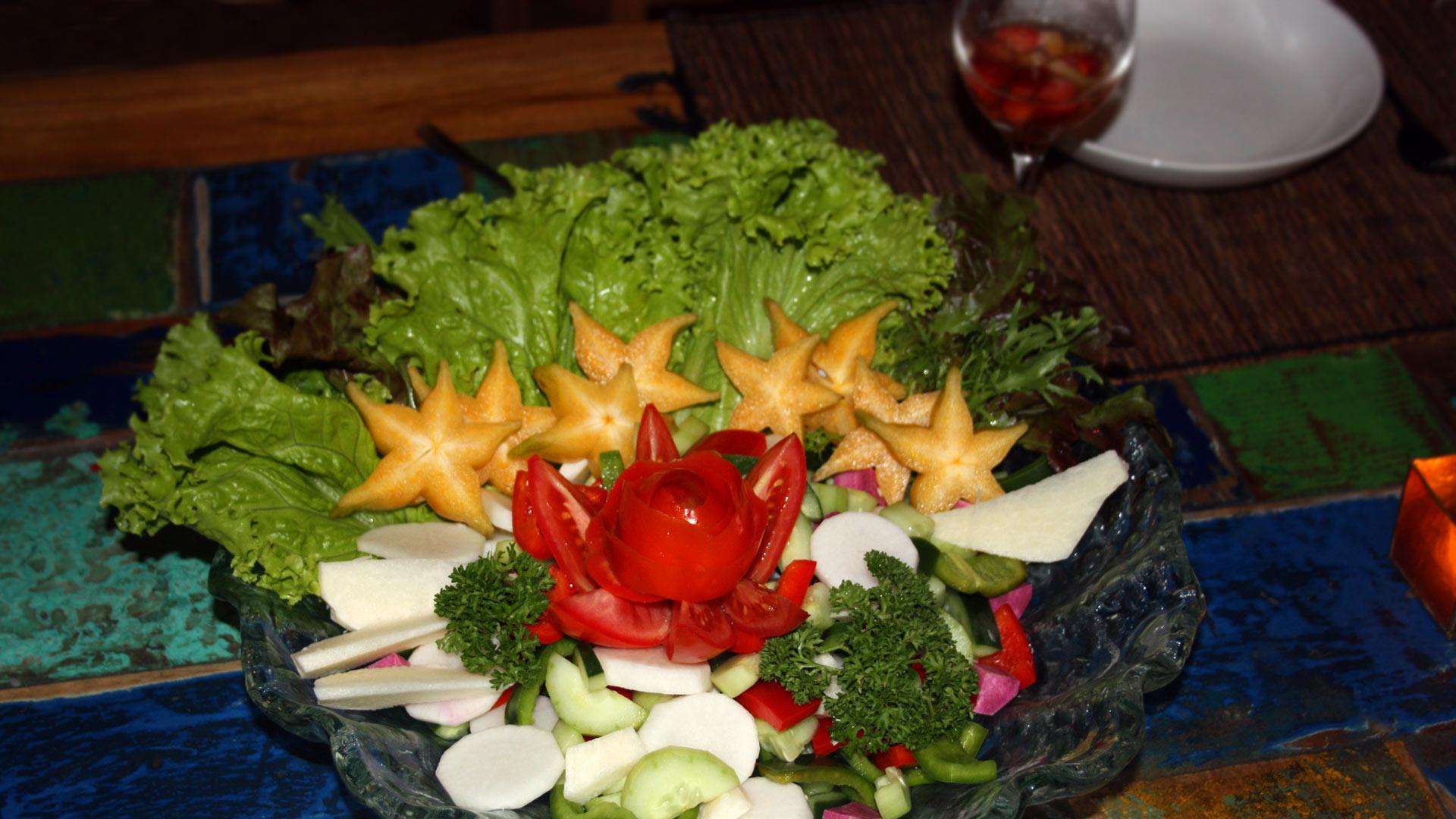 Bali Marina Villas –  the restaurant, delicious Balinese food